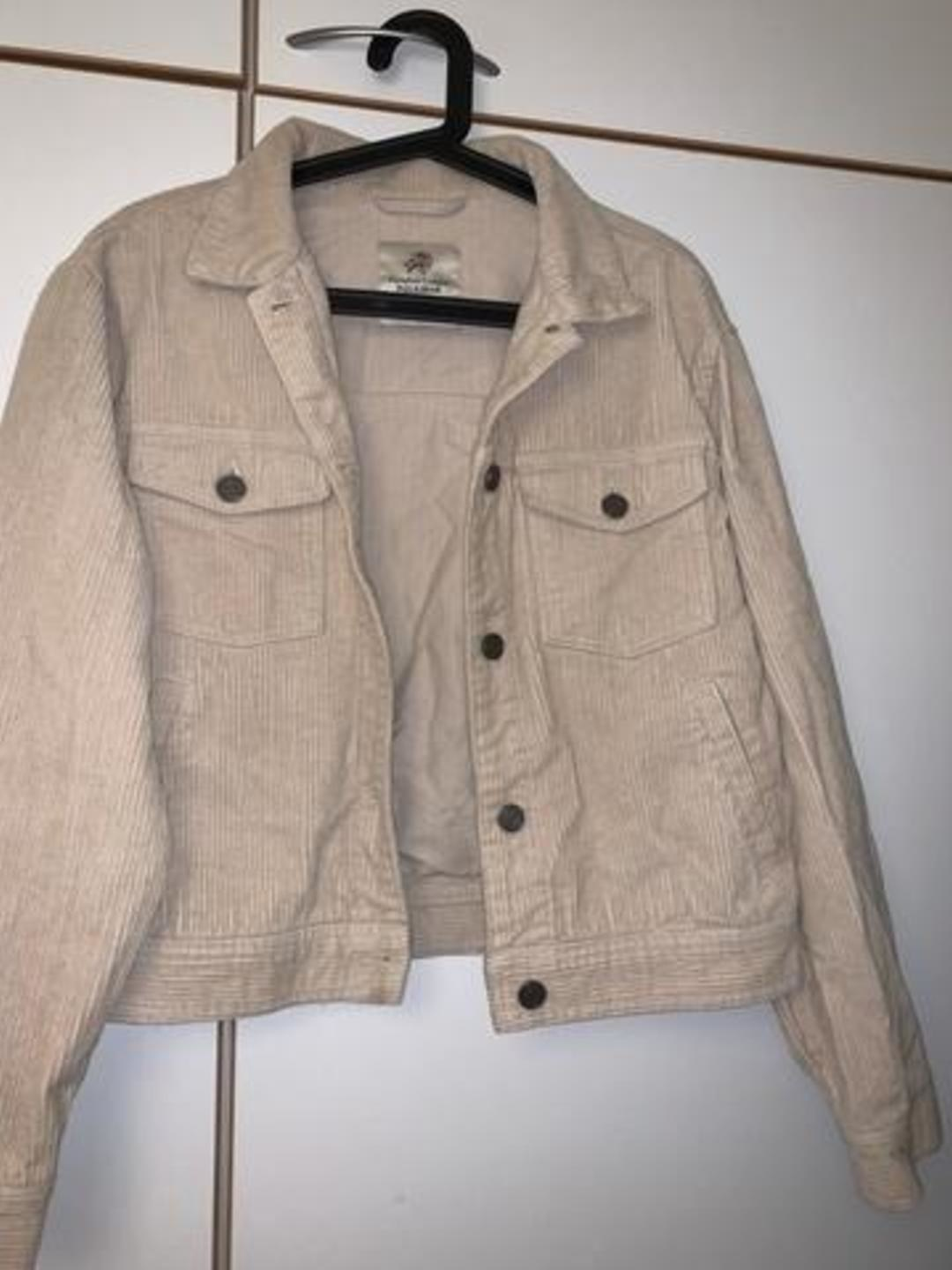 Women's coats & jackets - PULL&BEAR photo 1