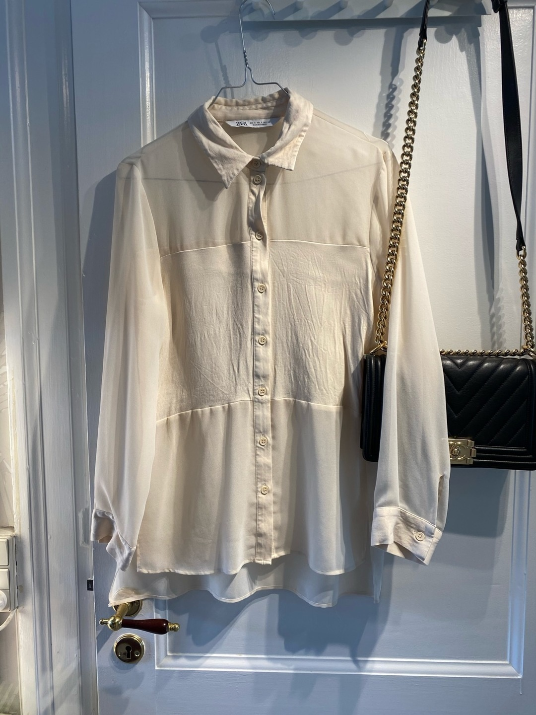 Women's blouses & shirts - ZARA photo 1
