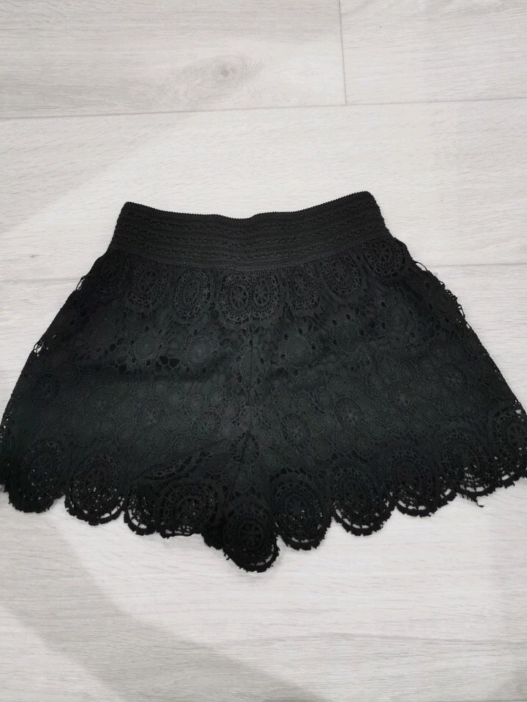 Damen shorts - GINA TRICOT photo 2