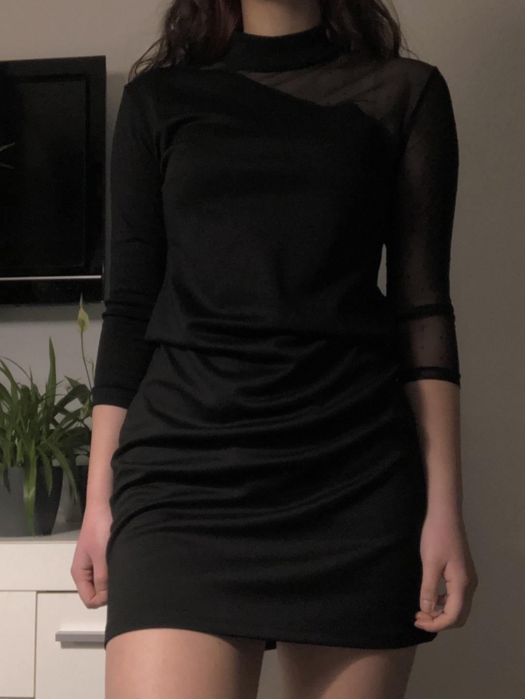 Women's dresses - - photo 2
