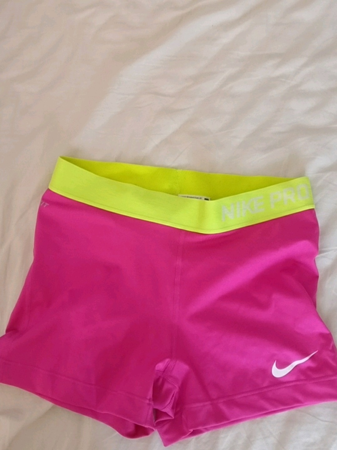 Damen shorts - NIKE photo 1