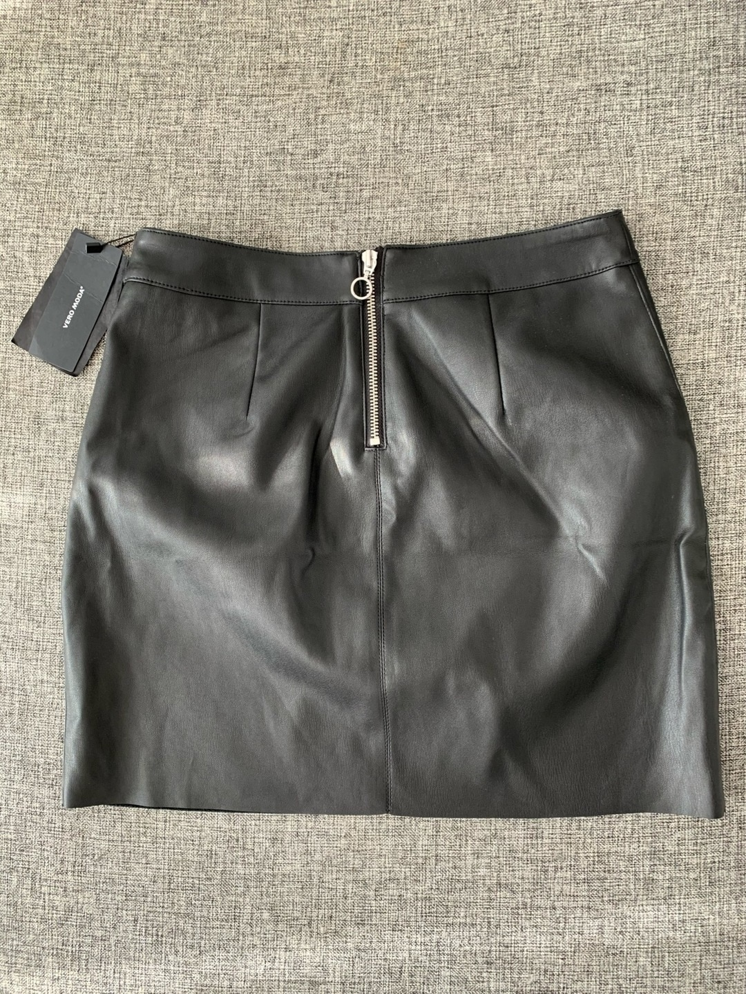 Women's skirts - VERO MODA photo 2