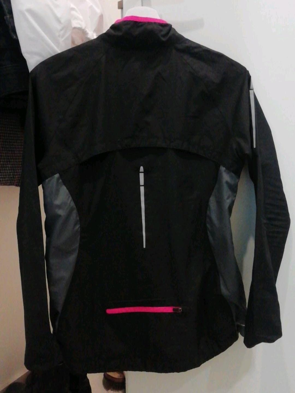 Damers sportstøj - SOC photo 2