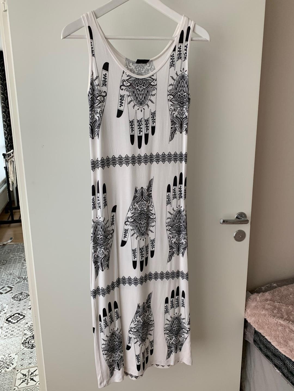 Women's dresses - KATRI NISKANEN photo 1
