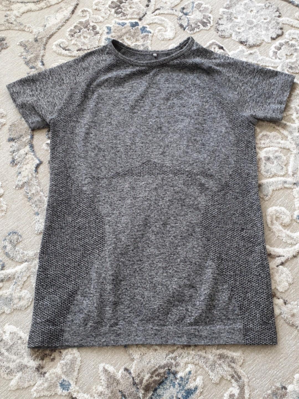 Women's sportswear - - photo 1