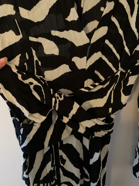 Naiset mekot - H&M photo 3