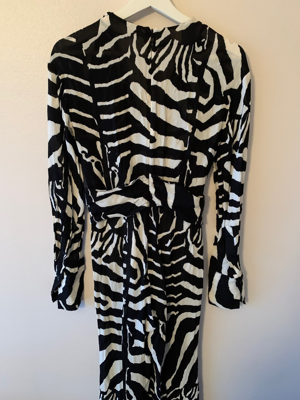 Women's dresses - H&M photo 4