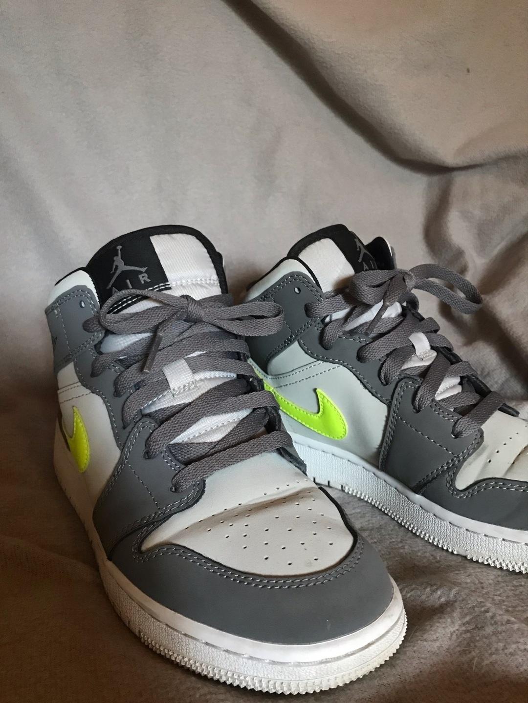 Women's sneakers - AIR JORDAN photo 2