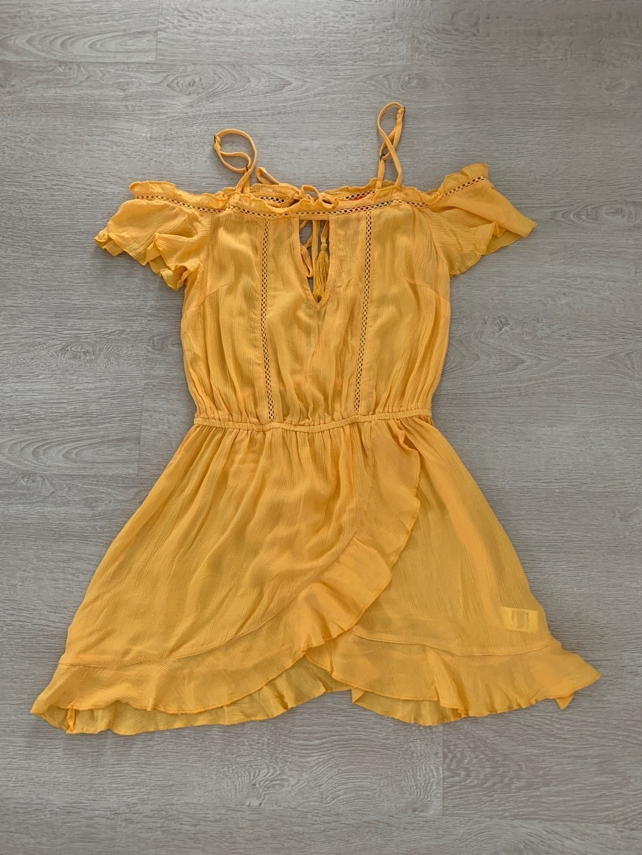 Women's dresses - RESORT photo 1