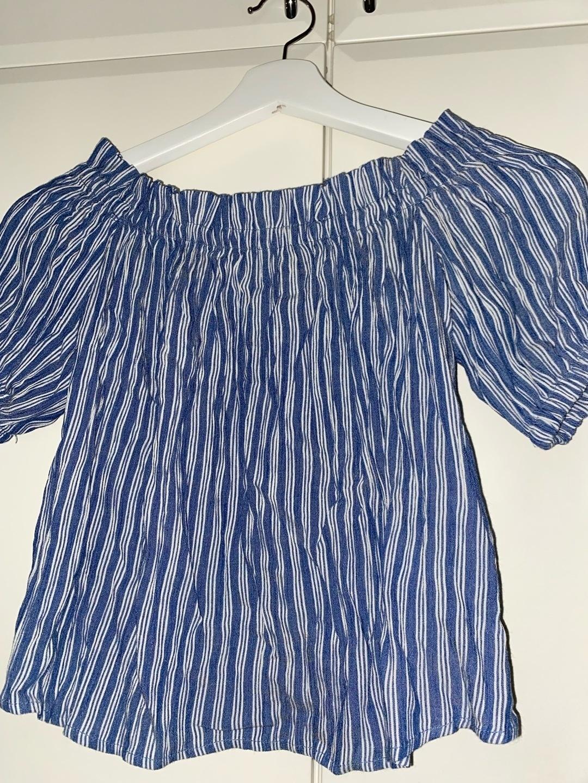 Naiset topit & t-paidat - BERSHKA photo 1