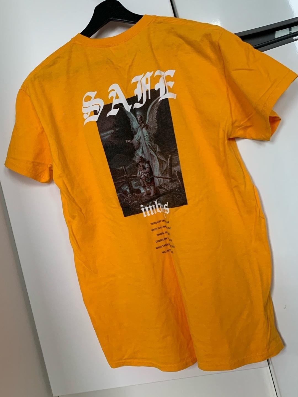 Women's tops & t-shirts - IMBOYS photo 2