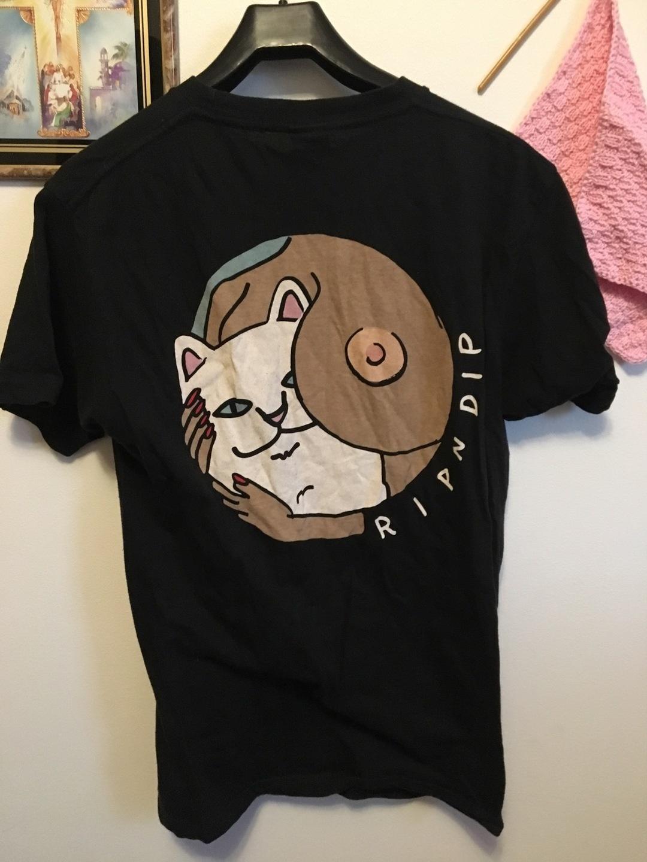 Damen tops & t-shirts - RIPNDIP photo 1
