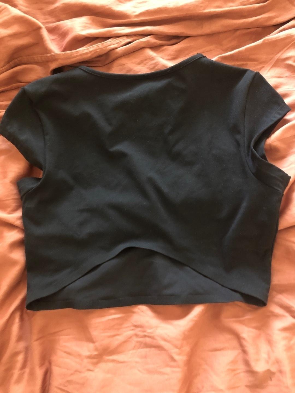 Women's tops & t-shirts - GYMSHARK photo 2
