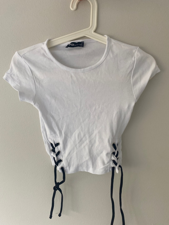 Damen tops & t-shirts - FB SISTER photo 1