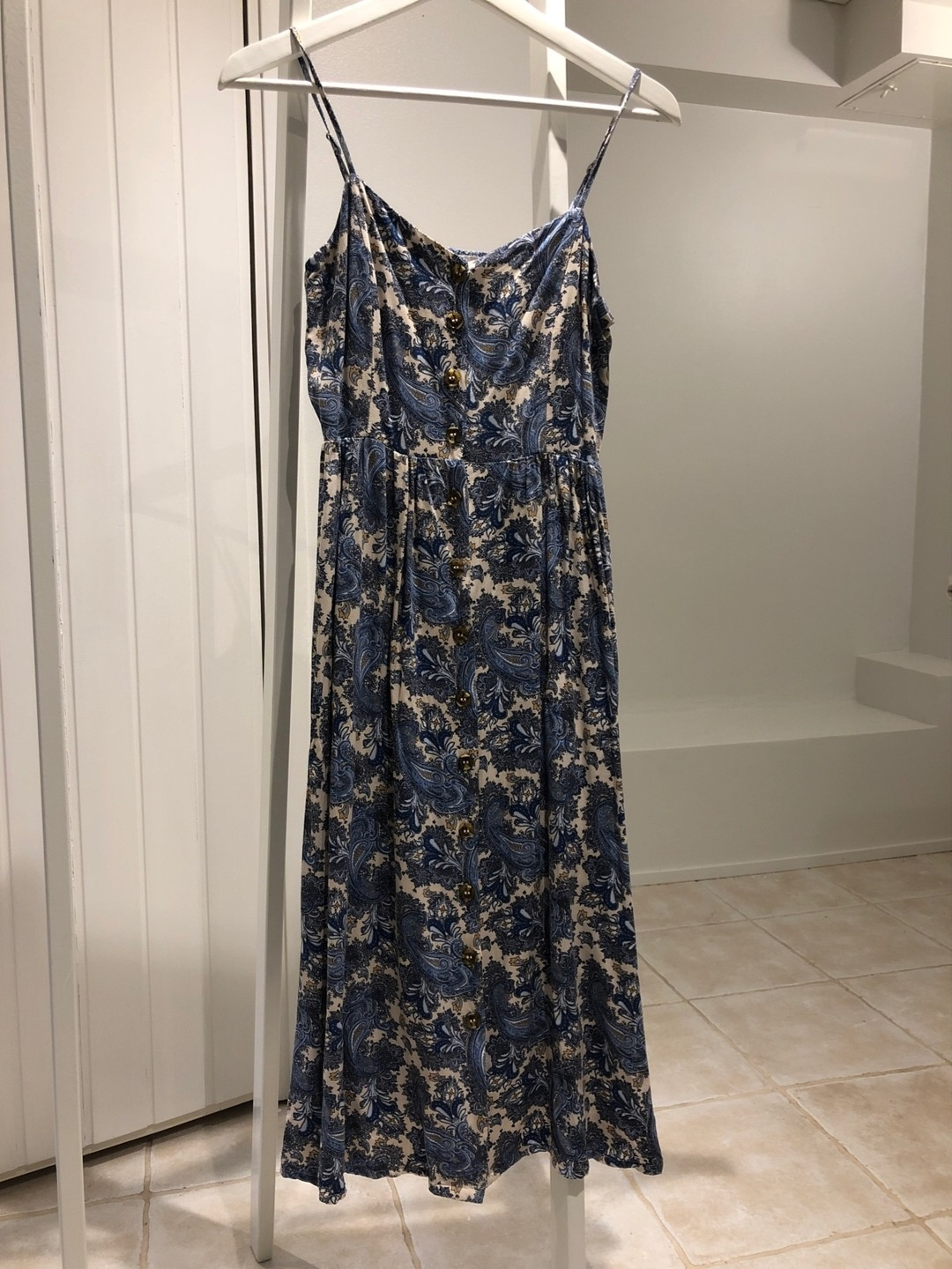 Women's dresses - H&M photo 1