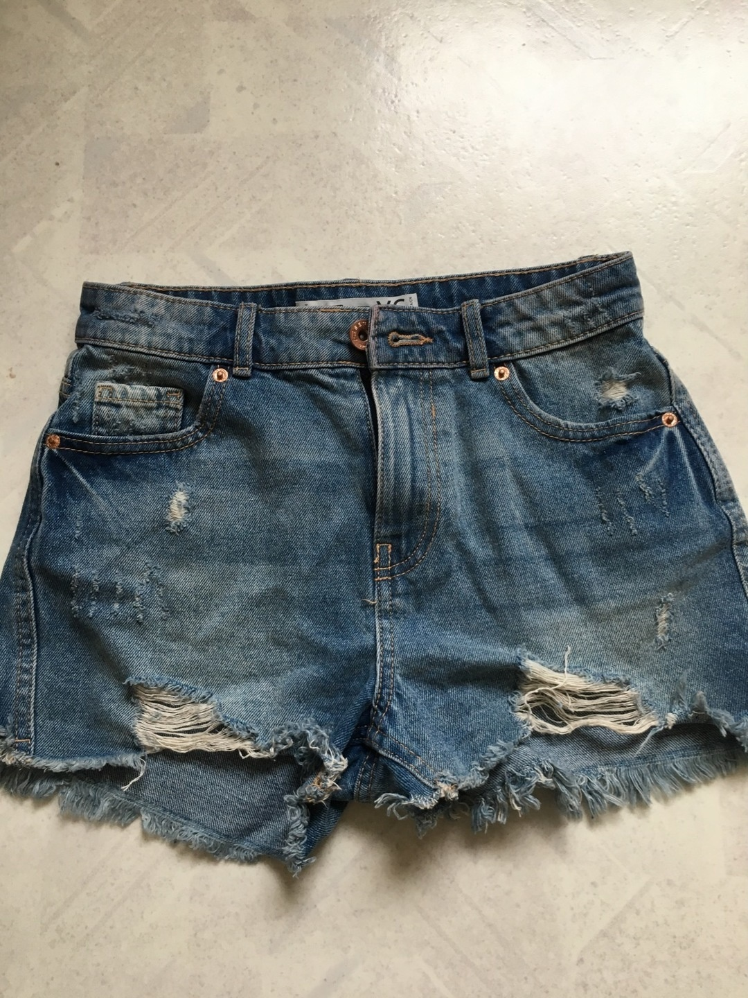 Damers shorts - FB SISTER photo 1