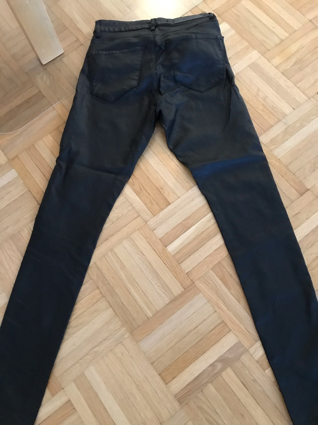 Women's trousers & jeans - VERO MODA photo 2