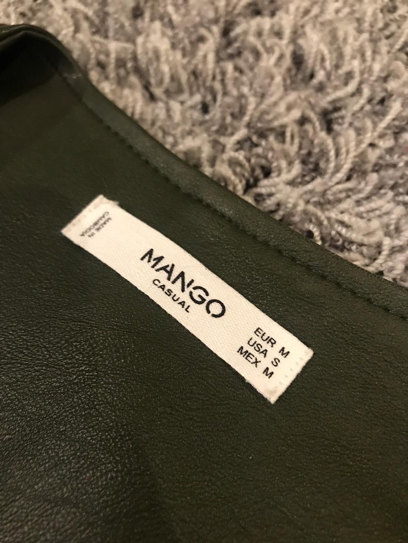 Naiset takit & jakut - MANGO photo 2