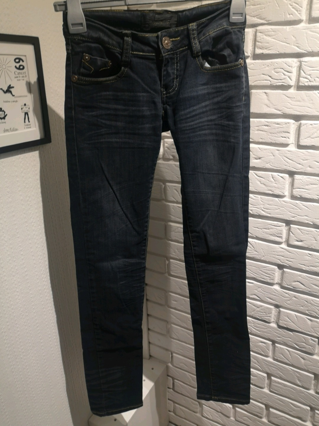 Women's trousers & jeans - ZUKACCI photo 1