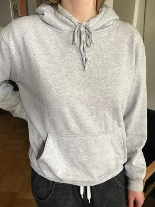 Damen kapuzenpullover & sweatshirts - BRANDY MELVILLE photo 3