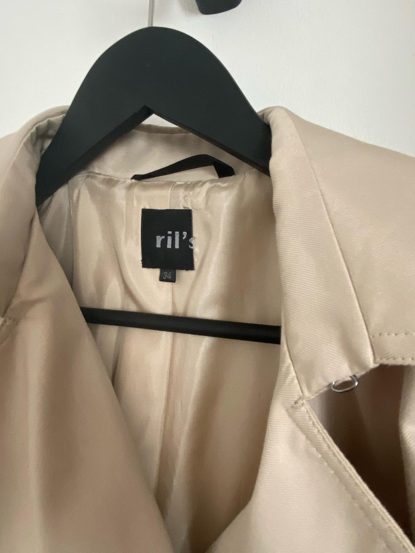 Women's coats & jackets - RIL'S photo 3