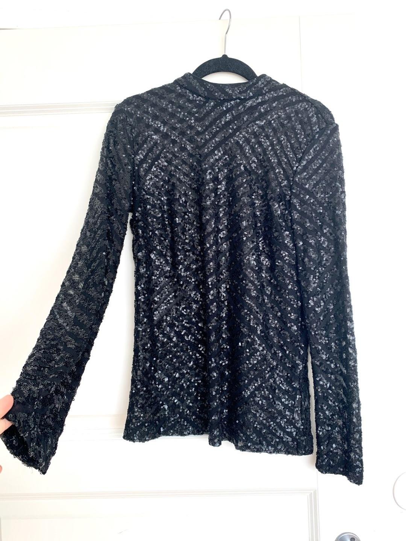 Women's blouses & shirts - GINATRICOT photo 1