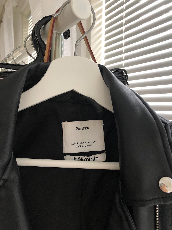 Women's coats & jackets - BERSHKA photo 3