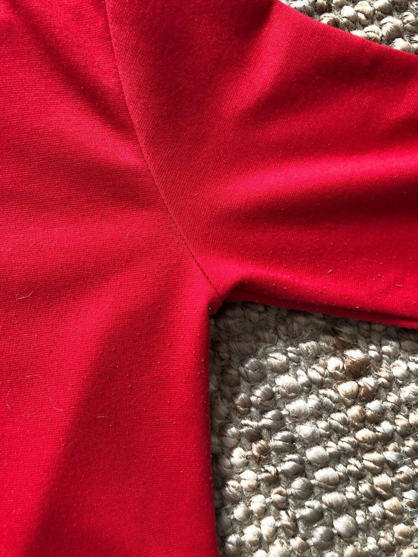 Women's tops & t-shirts - SWEET SKTBS photo 3