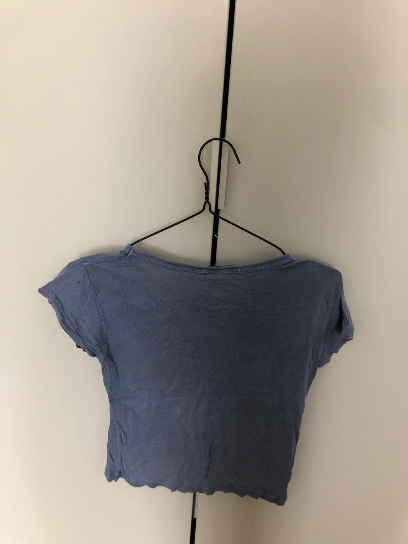 Women's tops & t-shirts - BRANDY MELVILLE photo 2