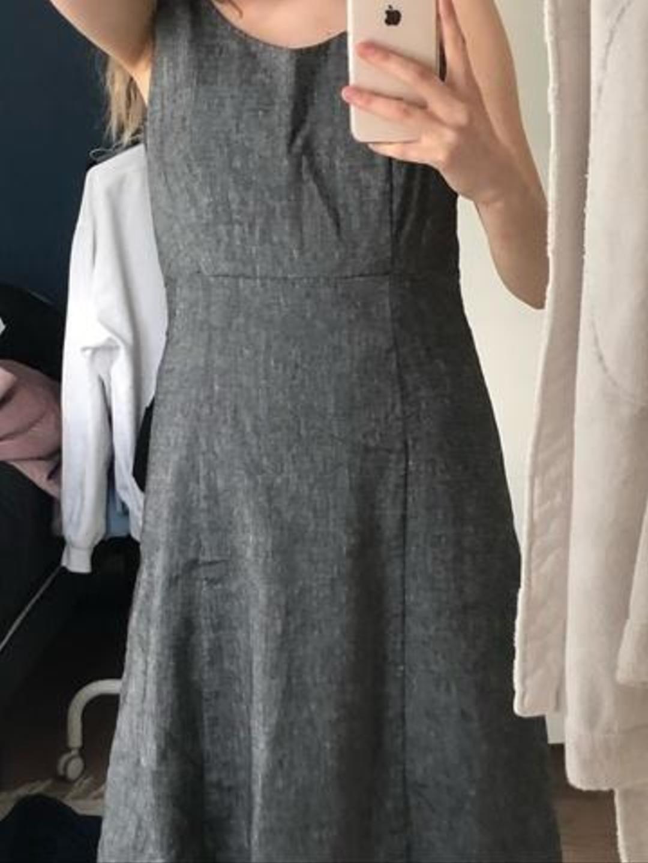 Women's dresses - YOUR FACE photo 1