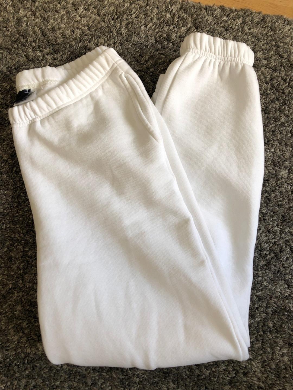 Damen hosen & jeans - GINA TRICOT photo 1