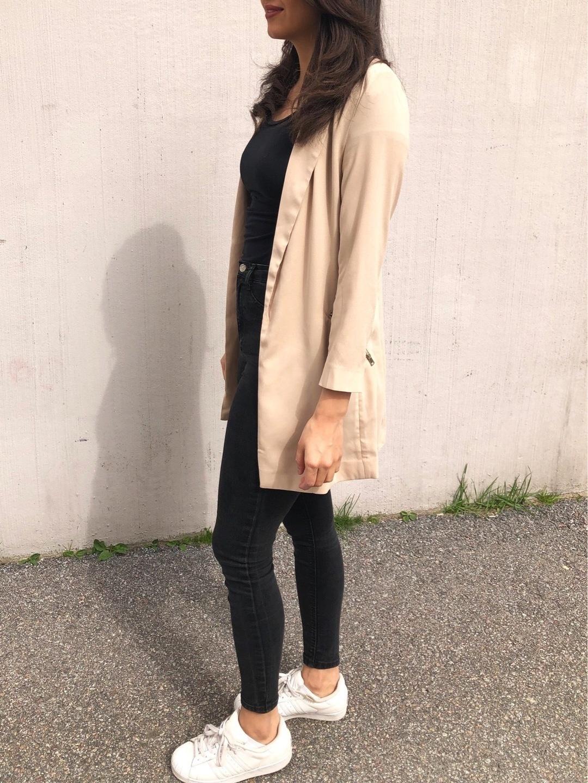 Naiset takit & jakut - ICONIC photo 1