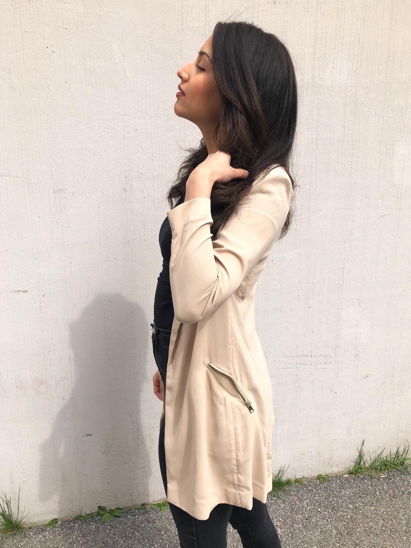 Naiset takit & jakut - ICONIC photo 2