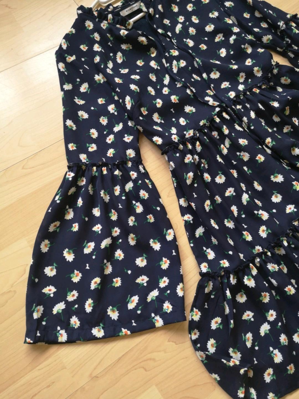 Women's dresses - GLAMOROUS photo 3