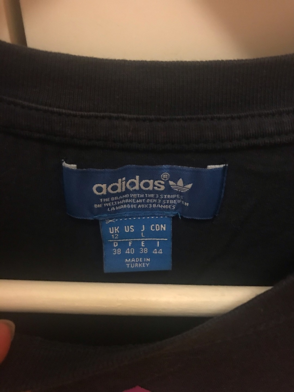 Naiset topit & t-paidat - ADIDAS photo 4