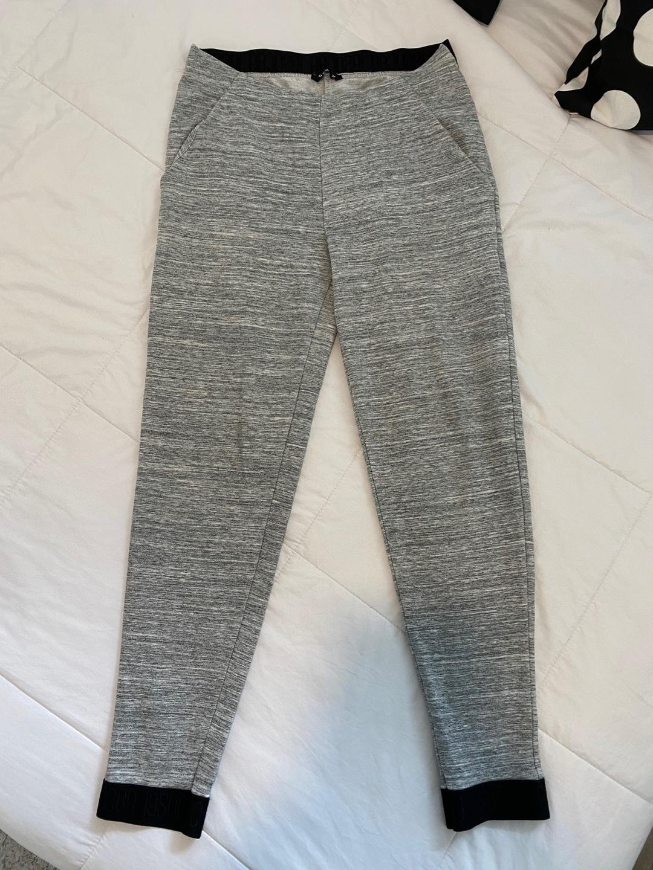 Damers bukser og jeans - SOC photo 2