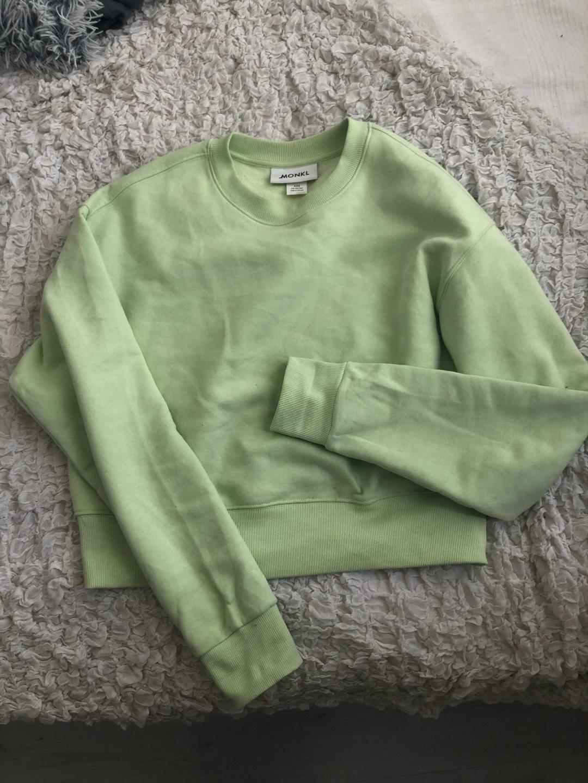 Women's hoodies & sweatshirts - MONKI photo 1