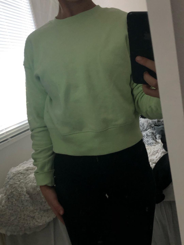 Women's hoodies & sweatshirts - MONKI photo 3