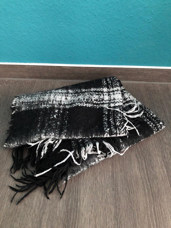 Damers tørklæder og sjaler - H&M photo 1