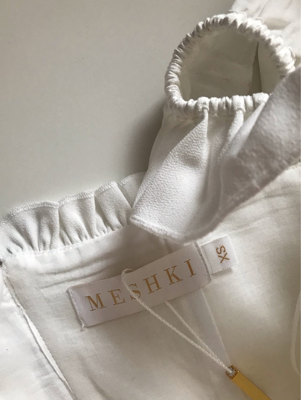 Women's tops & t-shirts - MESHKI photo 4
