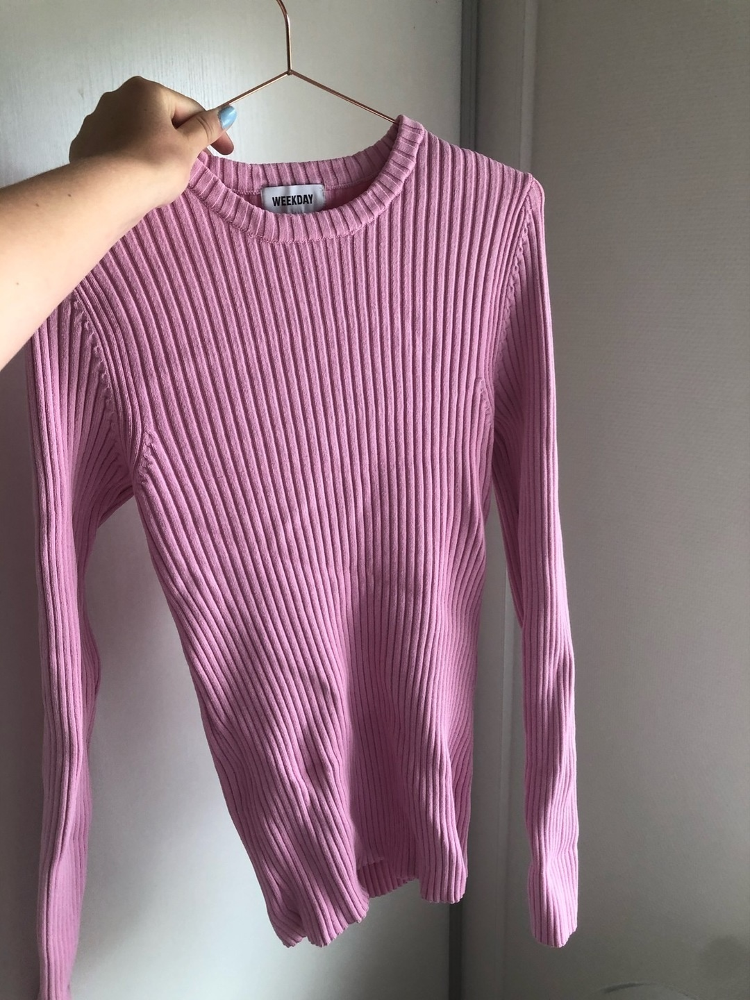 Women's jumpers & cardigans - WEEKDAY photo 2