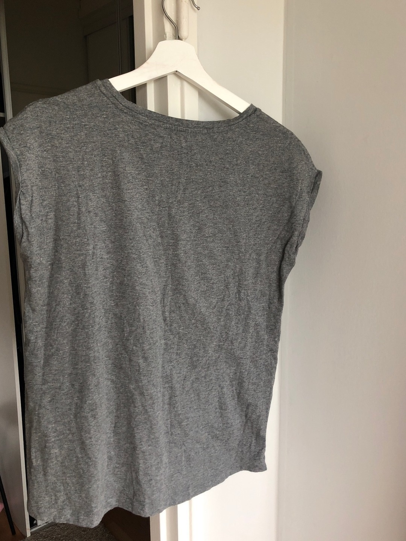 Damers toppe og t-shirts - CALVIN KLEIN photo 2