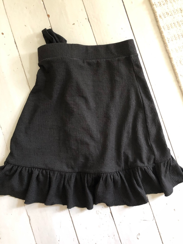 Women's skirts - GINA TRICOT photo 2