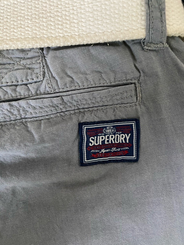 Naiset shortsit - SUPERDRY photo 3