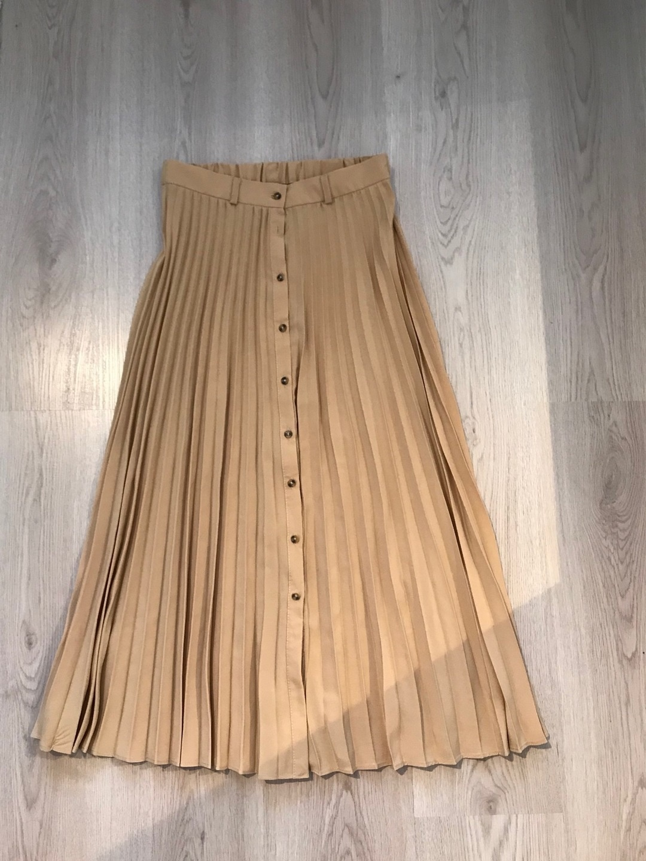 Women's skirts - STRADIVARIUS photo 1