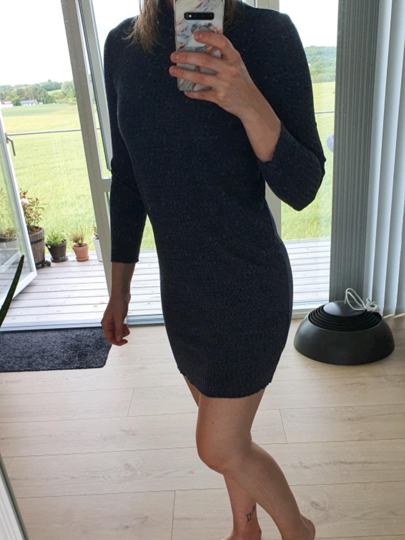 Women's dresses - JAQULINE DE YOUG photo 4