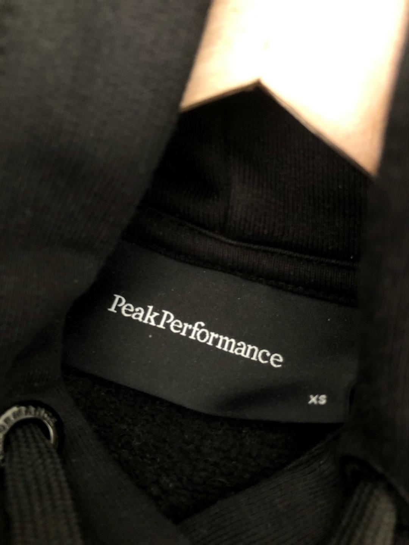 Women's hoodies & sweatshirts - PEAK PERFORMANCE photo 3