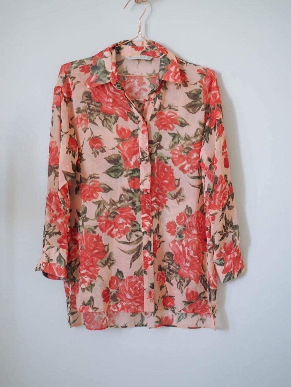 Women's blouses & shirts - ZARA photo 1