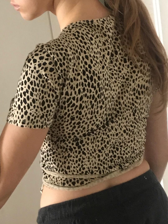 Women's tops & t-shirts - BRANDY MELVILLE photo 3