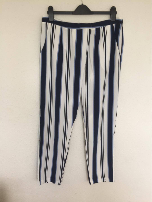 Women's trousers & jeans - KIOMI photo 1